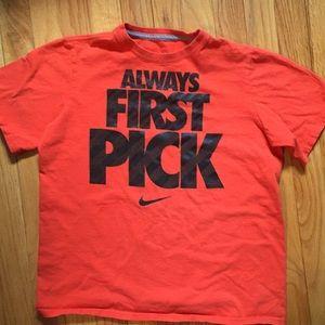 Nike boys Size L Large Orange T-shirt